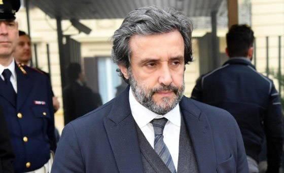 Flavio Insinna cacciato dalla RAI