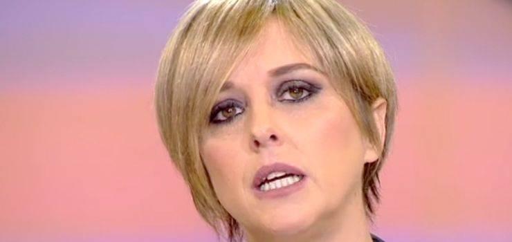 """Nadia Toffa ironica contro i suoi haters: """"Pochi mesi di vita? Mollo tutto e vado al mare"""""""