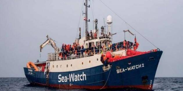 Sea Eye e Sea Watch, autorizzato sbarco a Malta: i migranti saranno portati anche in Italia