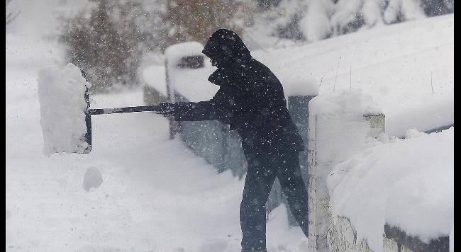 """Allerta meteo in Italia, la protezione civile: """"Tanta neve e vento su centro e sud"""""""
