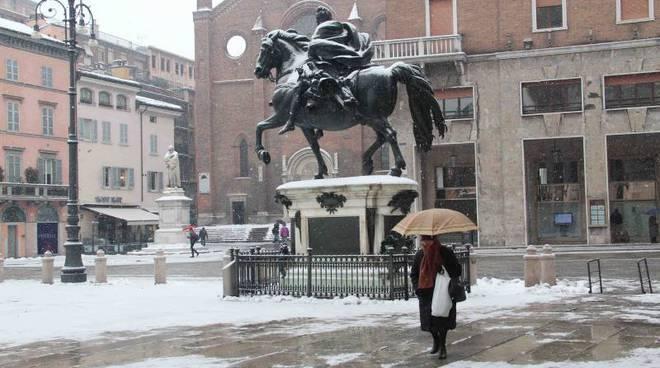 Previsioni meteo week end: pioggia e neve dopo una breve pausa