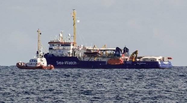 Sea Watch, guasto alla nave: i migranti sbarcheranno a Catania