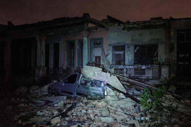 Cuba, tromba d'aria distrugge l'Avana: morti e feriti in aumento