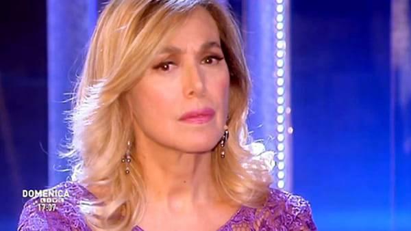 Barbara D'Urso choc contro John Vitale: