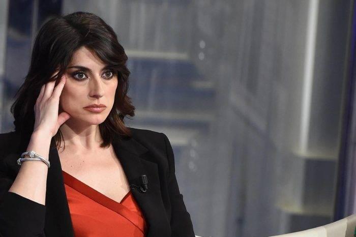 """Elisa Isoardi, bersagliata e criticata su Instagram: """"Mi hai deluso, l'hai fatto per farti notare"""""""
