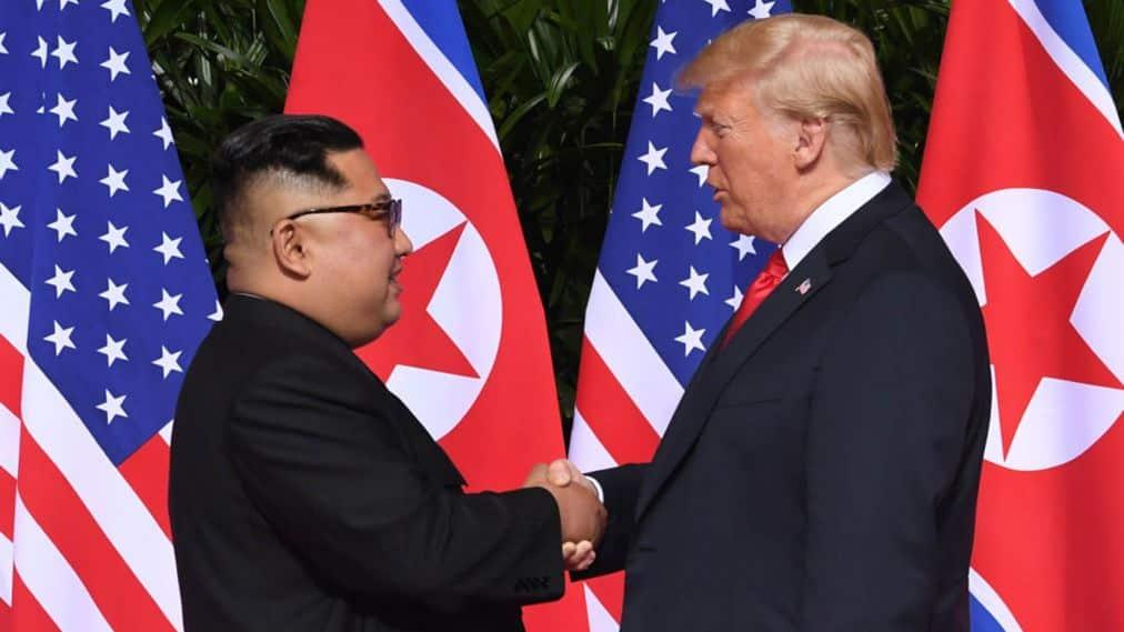 """Donald Trump, storico incontro con Kim in Vietnam: """"Passi concreti"""""""
