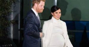 Meghan Markle, look in bianco accusata di copiare Kate Middleton
