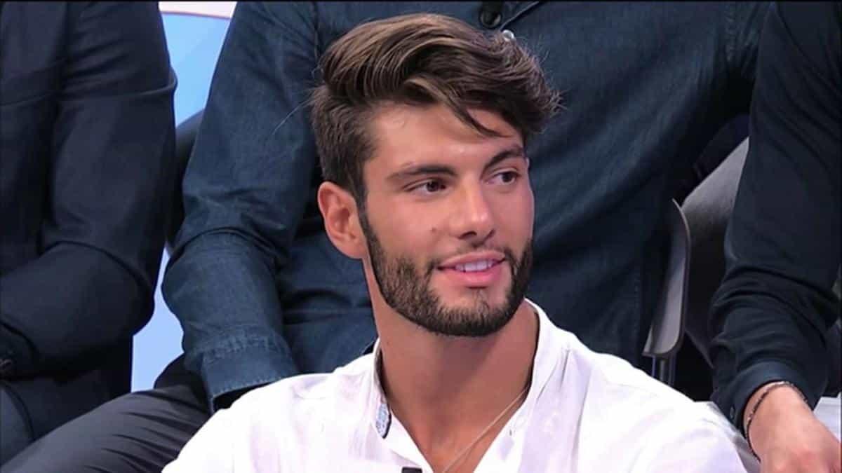 """Uomini e Donne, Antonio Moriconi rompe il silenzio social: """"Chi ha il pane non ha i denti"""""""