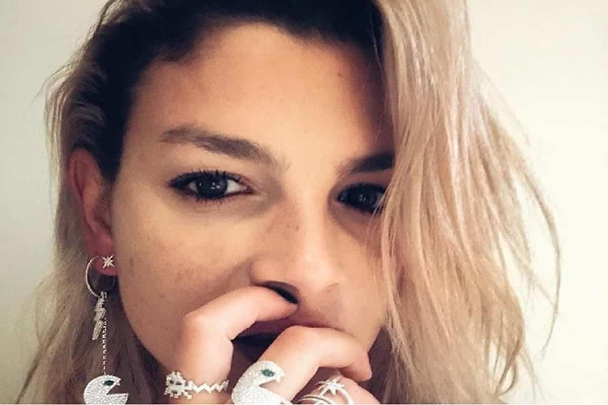 """Emma Marrone, in lacrime dopo gli insulti. Matteo Salvini: """"Galli ha detto un'idiozia"""""""