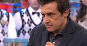 """L'Eredità, Flavio Insinna nella bufera per Silvia: """"Cosa ha fatto dietro le quinte?"""""""