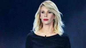 """Alessia Marcuzzi """"ha bisogno di uno psichiatra"""": le conseguenze del caso Fogli"""