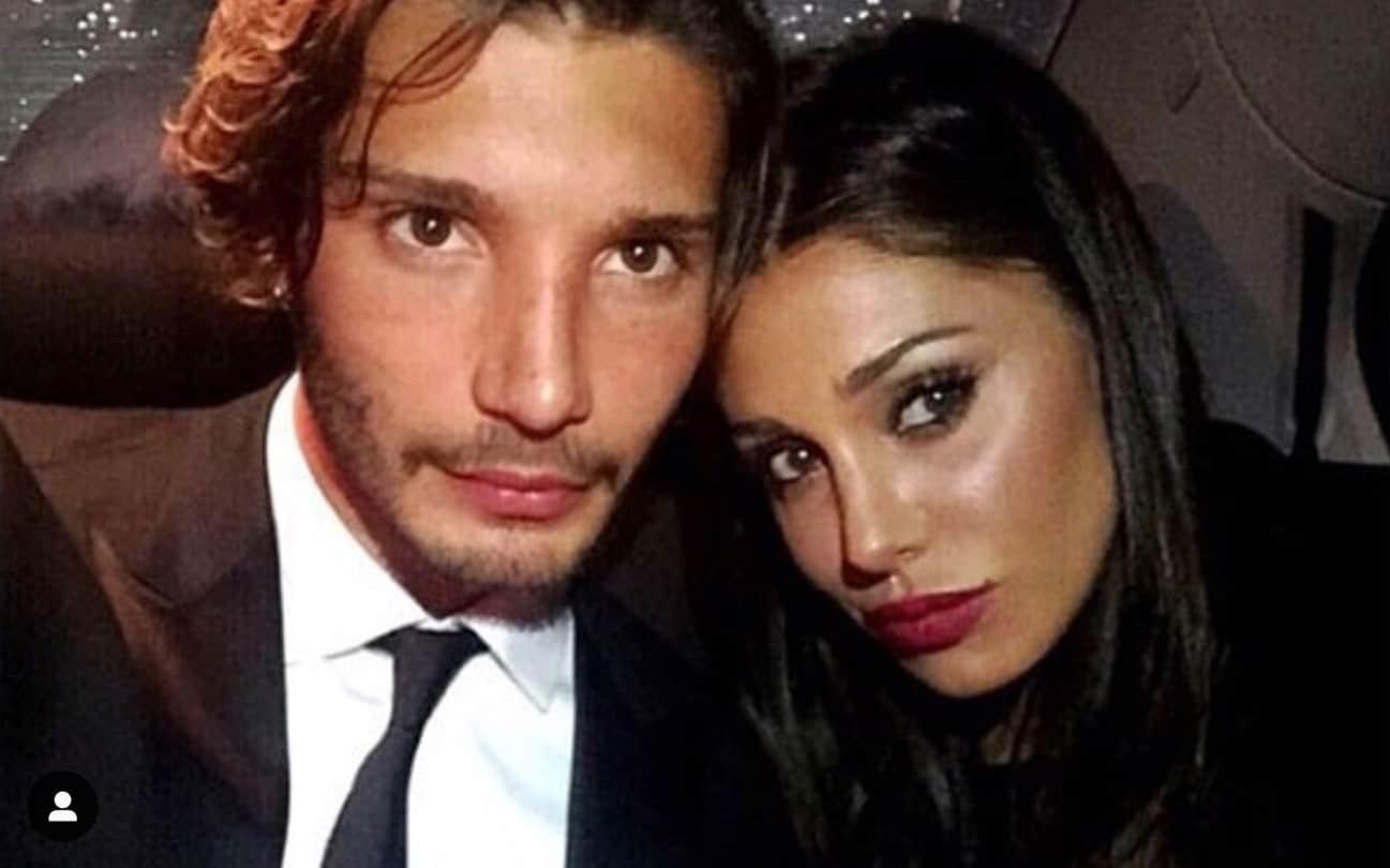 """Belen Rodriguez e Stefano De Martino, il messaggio nella notte: """"Prendi decisioni se vuoi che accada"""""""