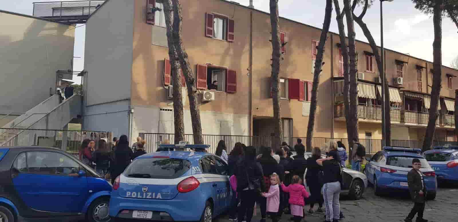 """Napoli, Fortuna uccisa dal marito in casa: """"Nessuno ha avuto il coraggio"""""""