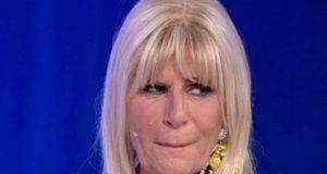 """Gemma Galgani scoppia a piangere per la sorella Silvana: """"Ad un passo dalla morte"""""""