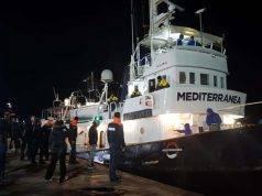 """Mare Jonio, indagato il Capitano della nave: """"Rifarei tutto, io salvo vite umane"""""""
