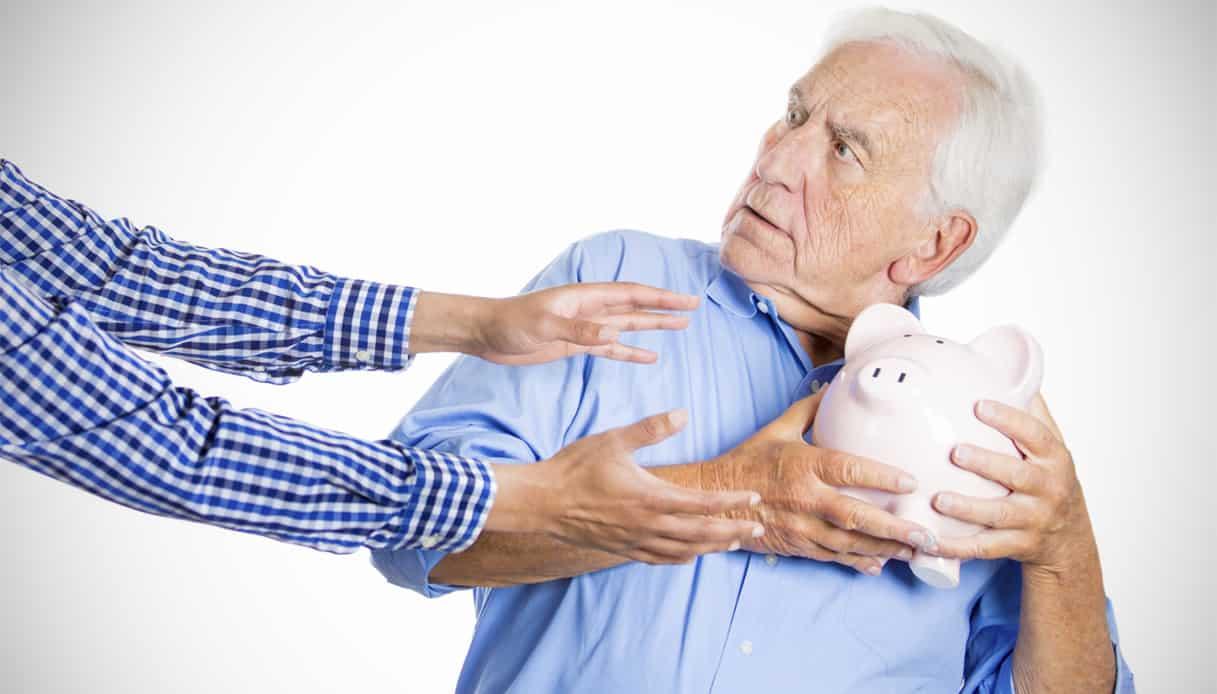 Pensioni quota 100, assegni dal primo aprile a rischio restituzione