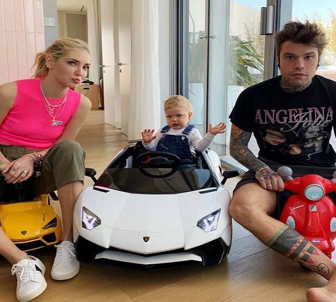 Ferragni e Fedez regalo Lamborghini al figlio Leone