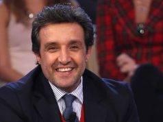 Chi è Flavio Insinna, il simpatico conduttore Rai: vita privata, età, guadagno