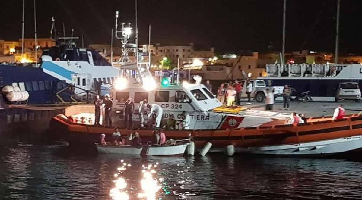 Migranti arrivati a Lampedusa