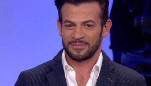 Gianni Sperti è Mark Caltagirone? La verità