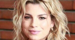 Emma Marrone in clinica, trattamento d'urto per la pelle
