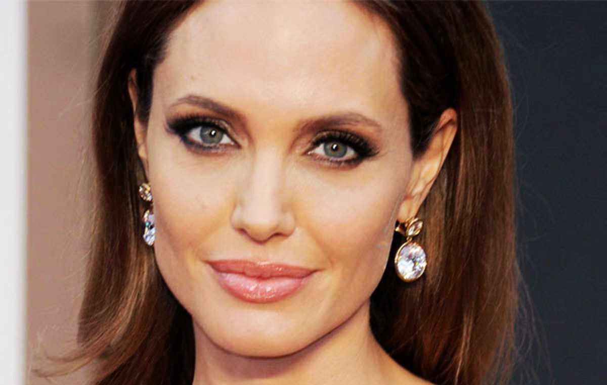 Angelina Jolie pronta a morire