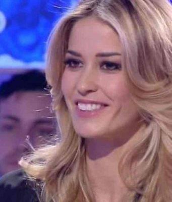 Elena Santarelli