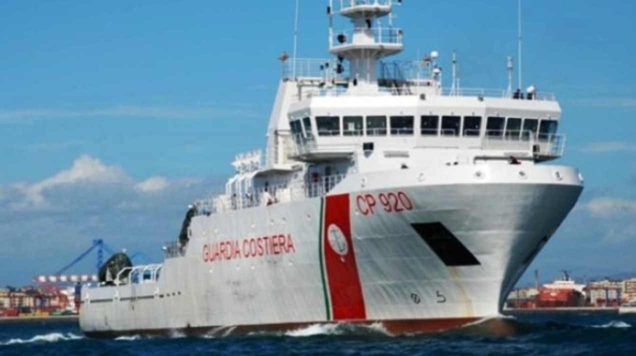Nave Gregoretti: arrivata l'autorizzazione allo sbarco dei116 migranti