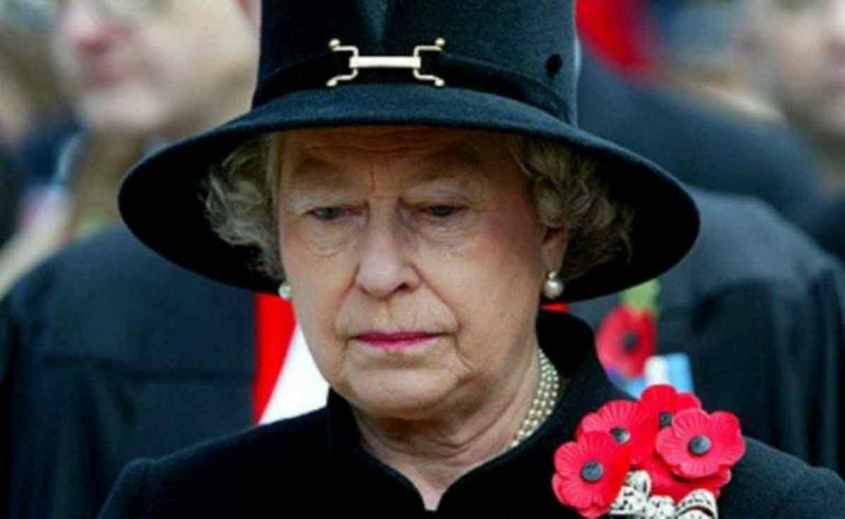 Il figlio della Regina Elisabetta il principe Andrea accusato di abusi sessuali