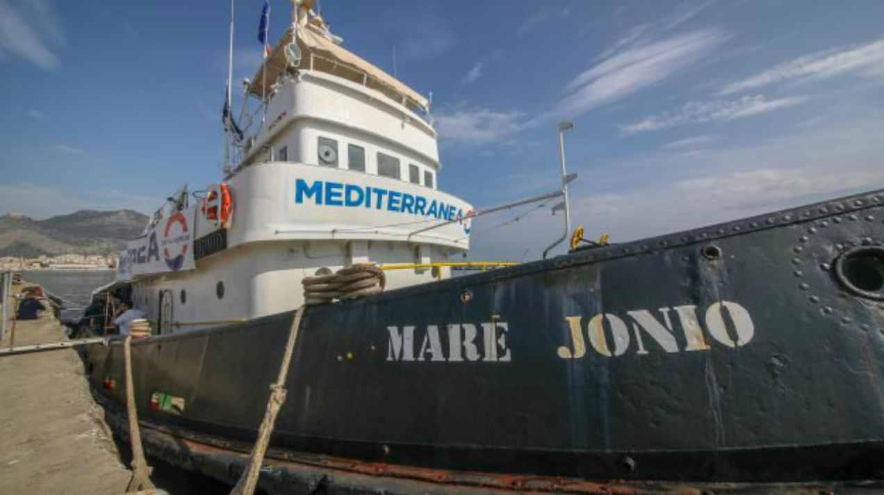 Nave Mare Jonio salva cento persone, Salvini firma divieto d'ingresso