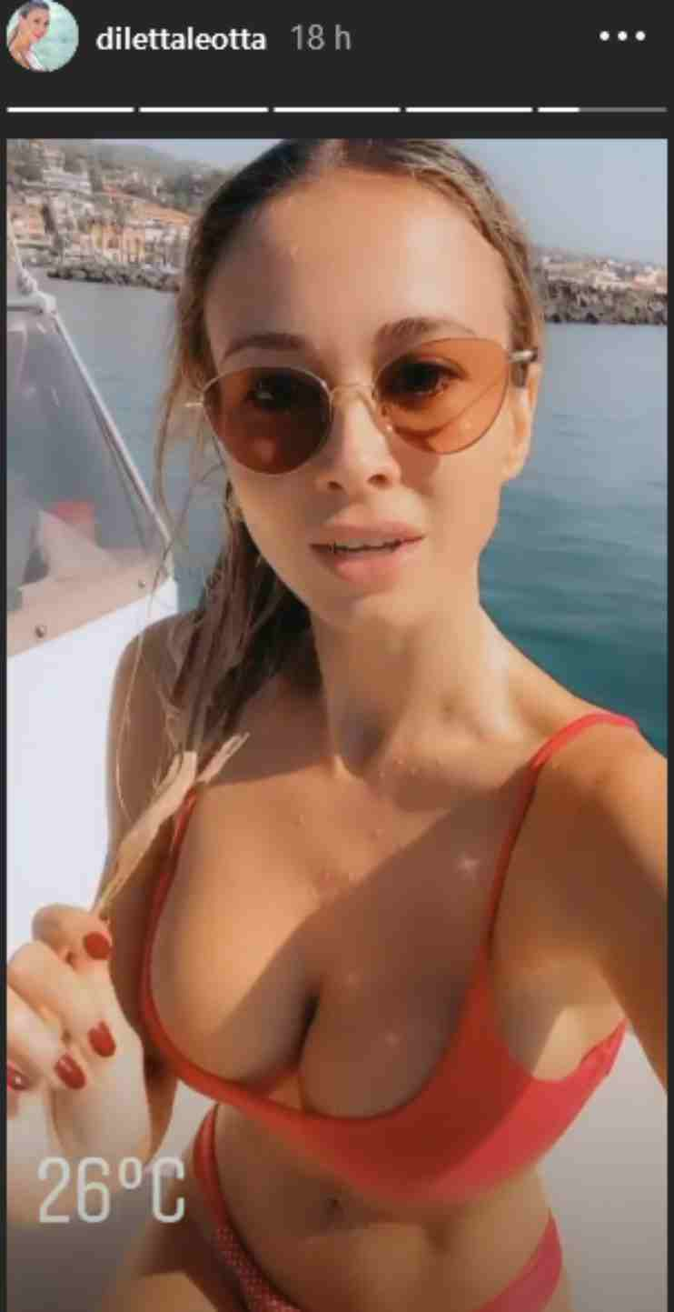 diletta leotta mostra il seno