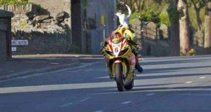 Moto GP, tutte le curiose invasioni degli animali in pista