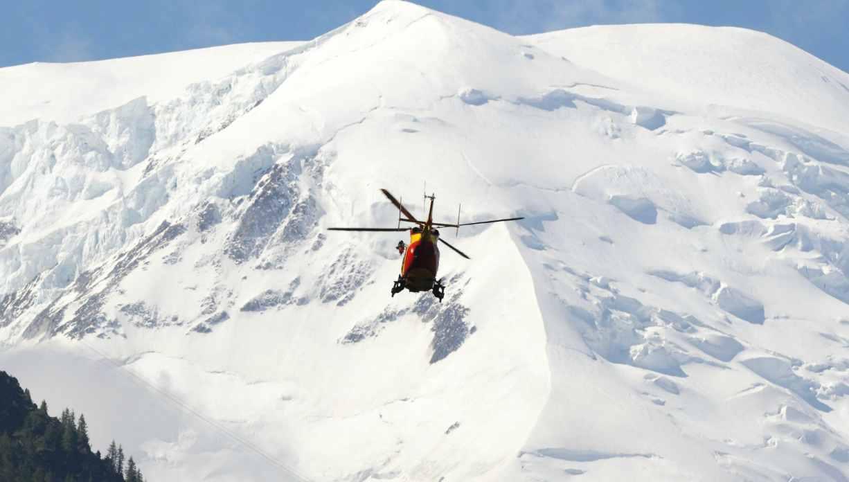 Valanga sul Monte Bianco