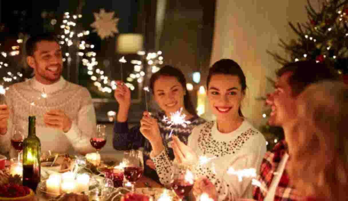 Capodanno, tutte le cose imbarazzanti da NON dire a tavola