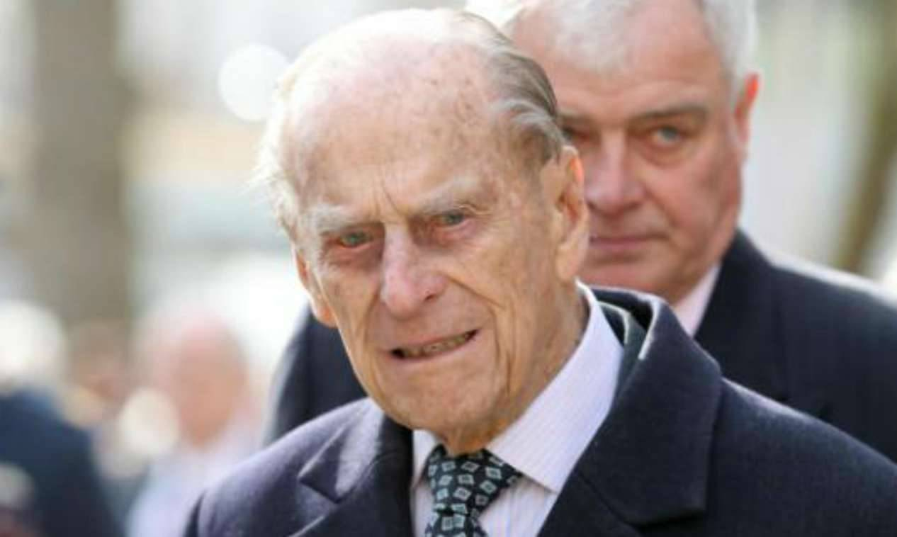 Preoccupazione per la Regina Elisabetta: il Principe Filippo ricoverato in Ospedale a Londra
