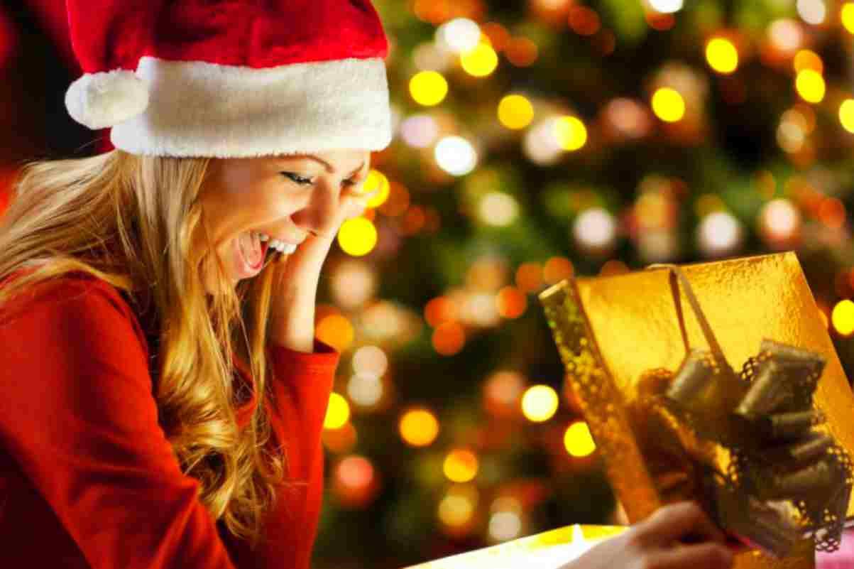 Aiuto Regali Natale.Regali Di Natale 5 Idee Regalo Originali Per Stupire La