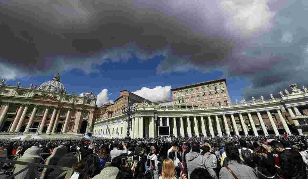 Vaticano, mille abusi sessuali segnalati in un anno:
