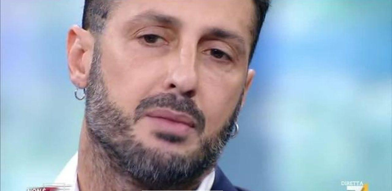 Fabrizio Corona messaggio a massimo giletti morto papà