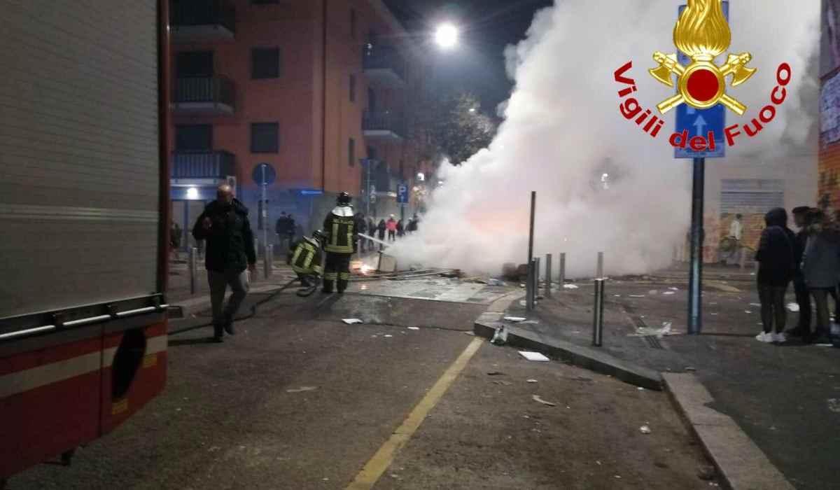aggressione ai vigili del fuoco