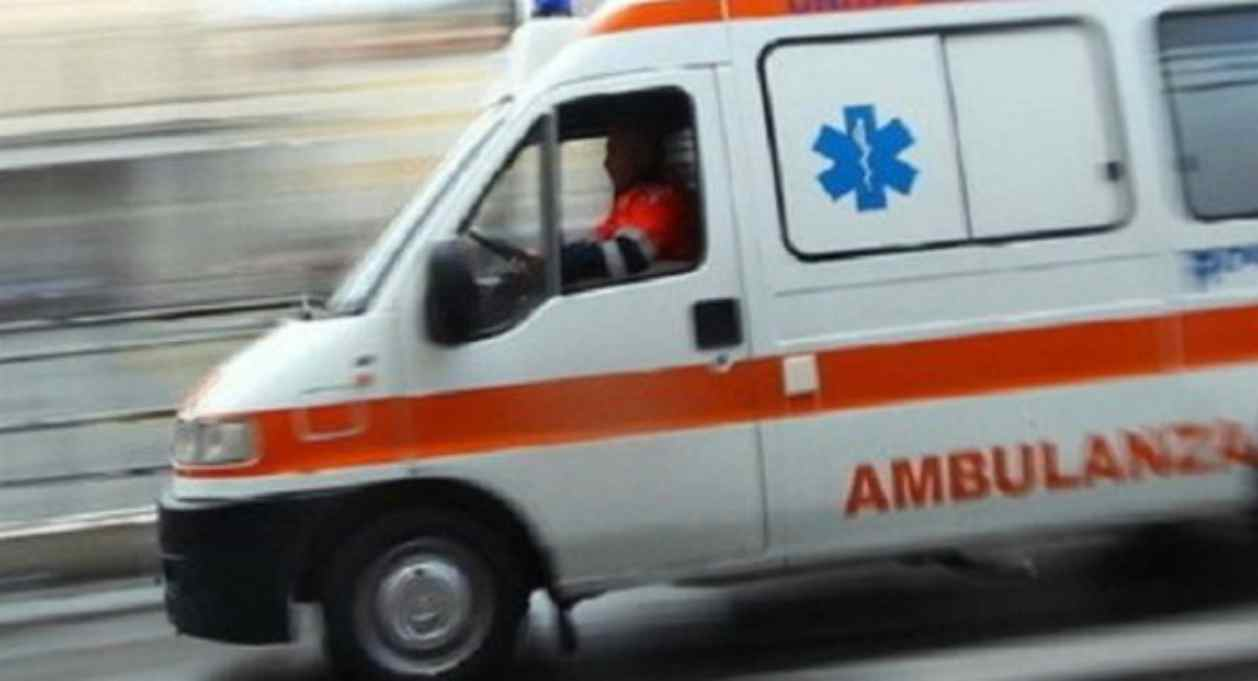Sequestrano l'ambulanza del 118