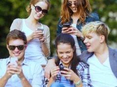 WhatsApp, gruppo per deridere e offendere un compagno di classe: l'intervento del Questore di Roma