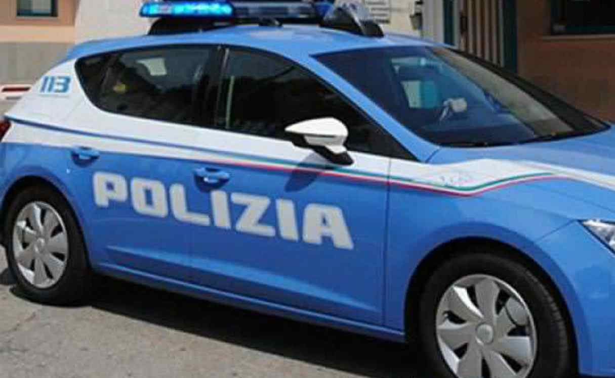 Poliziotto suicida