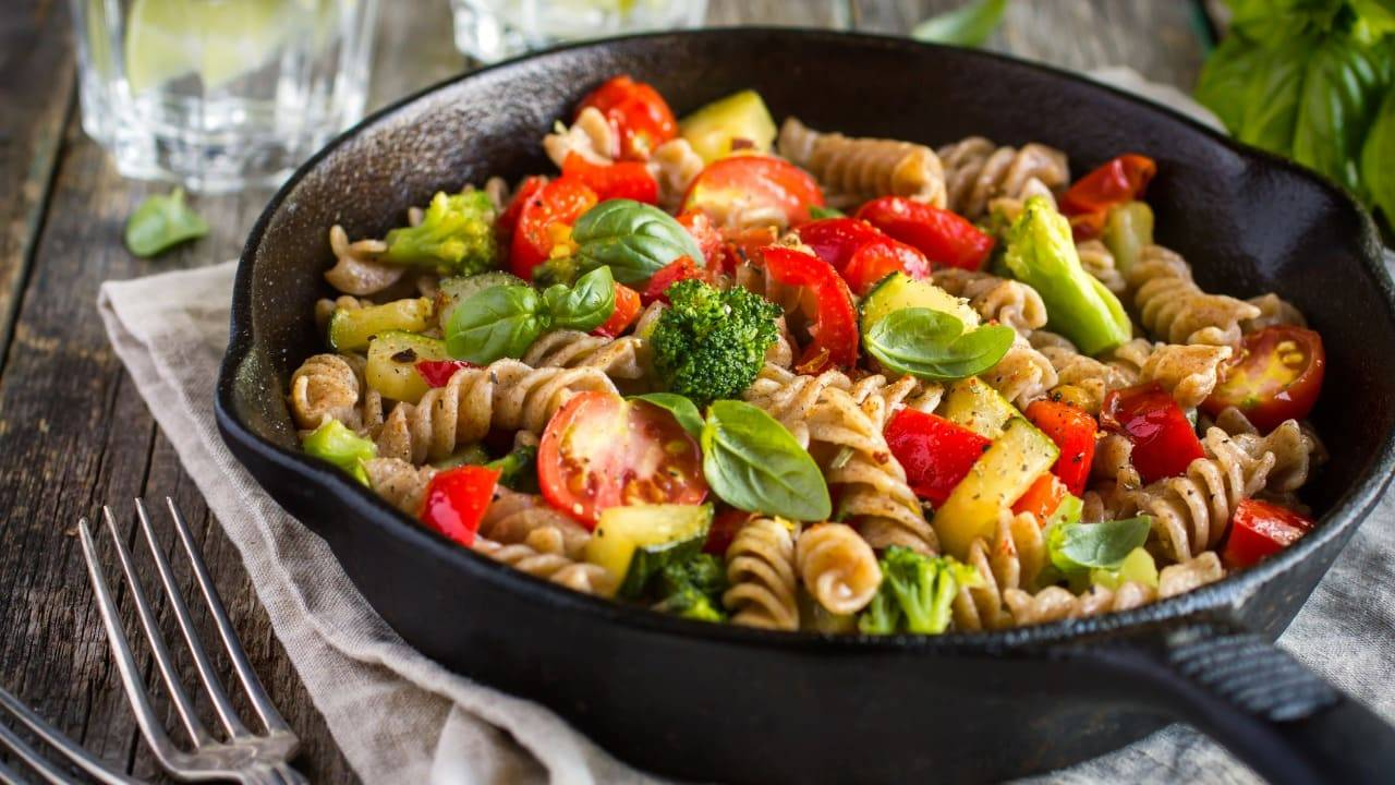 Ecco 3 ricette light da fare a cena: ti riempiono ma non ingrassi