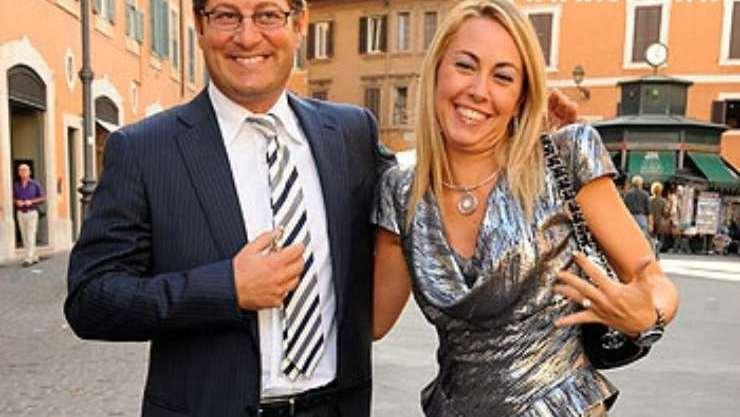 Enrico Papi moglie
