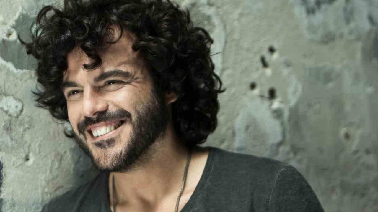 Francesco Renga, chi è la fidanzata del cantautore italiano tra i ...