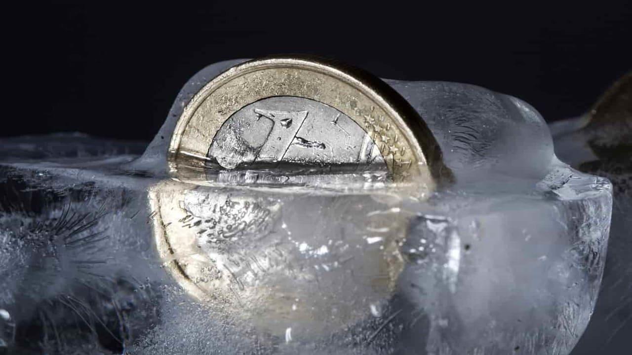 Metti una moneta in congelatore, potrebbe salvarti la vita