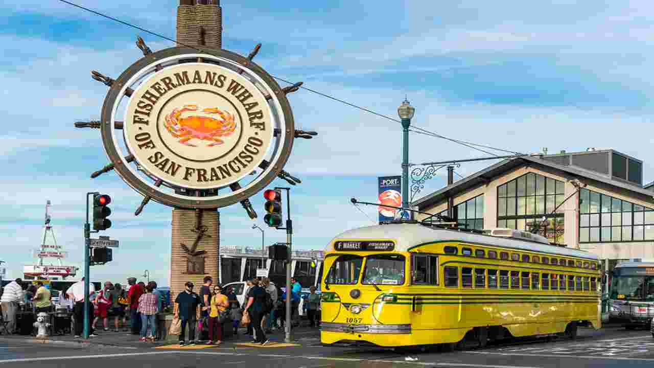 San Francisco, il molo del Fisherman's Wharf distrutto in un incendio