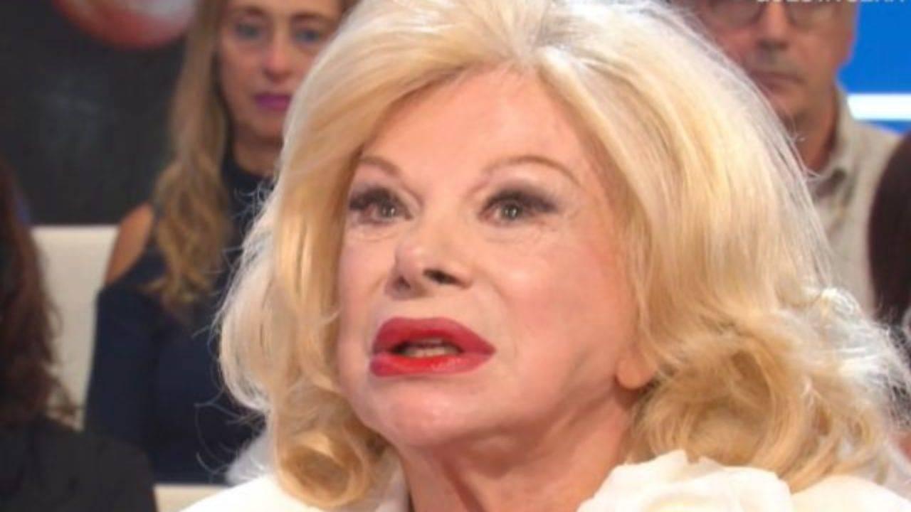 Sandra Milo, malore dopo l'incatenamento a Palazzo Chigi: parla la figlia
