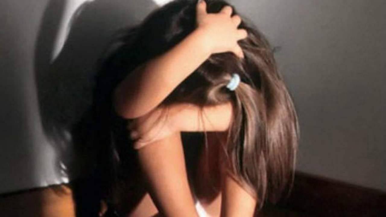 violenza su una bambina