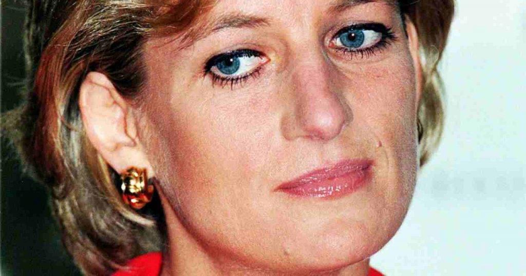 Lady Diana disturbata mentalmente, la verità sulla cena in cui la insultarono